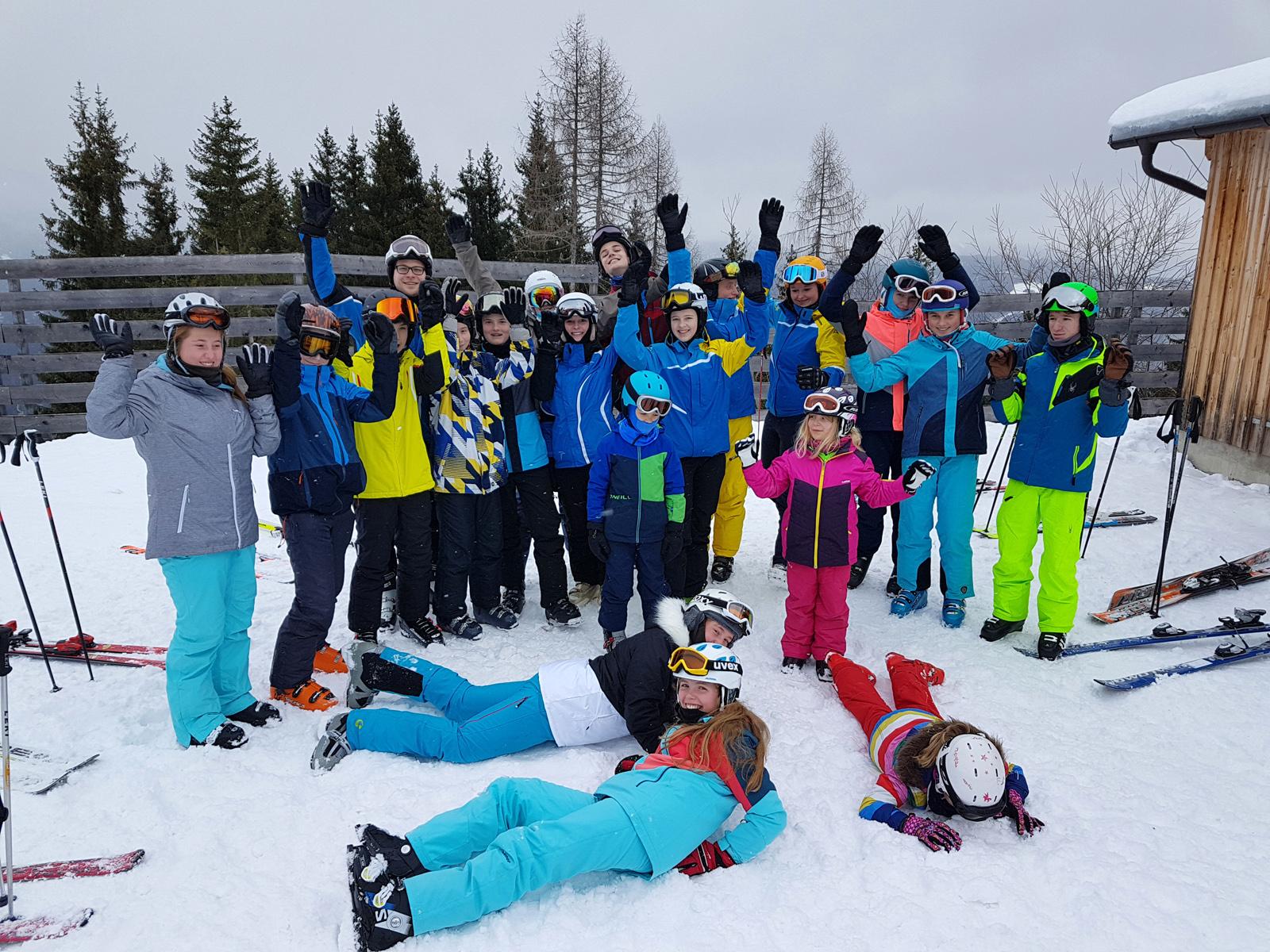 6_Skischule_Gruppe